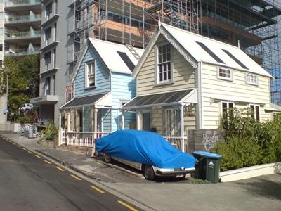 Leftover_Older_Houses_In_Auckland_CBD_web